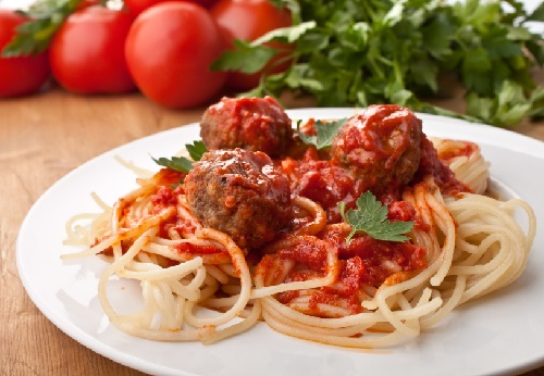 Спагетти с тефтелями детские